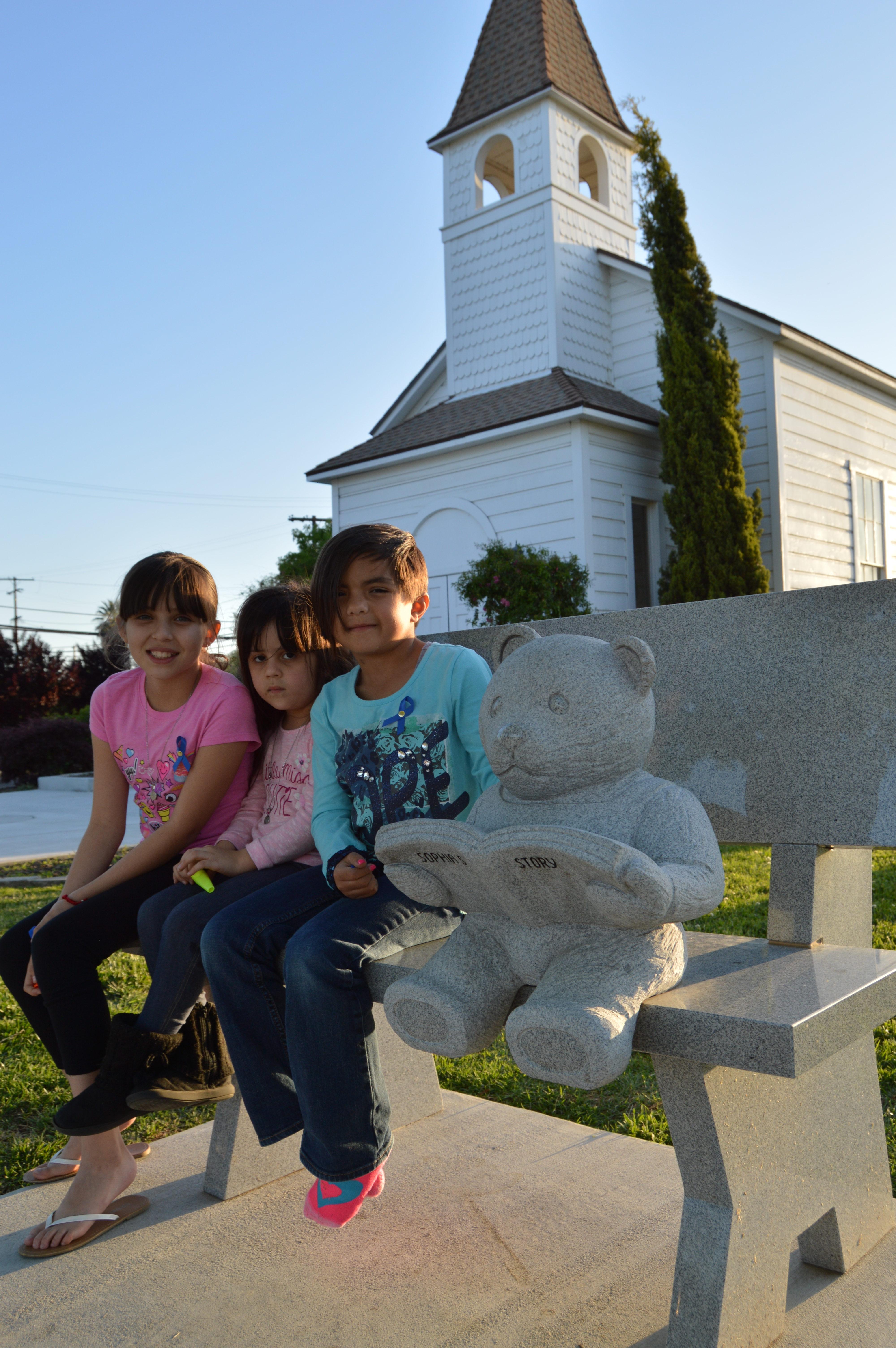 Farmersville bench